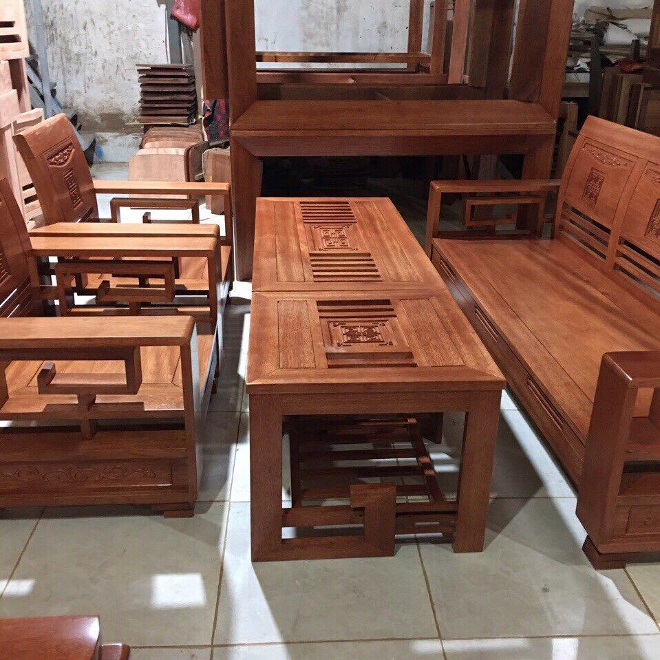 Ghế gỗ Còng tựa lưng cong